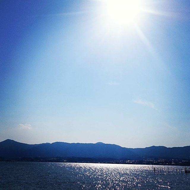 キラキラ太陽はいつもあるはれていてもくもっていてもあめでも#太陽#自然#琵琶湖#滋賀#ヒノリヨガスタジオ