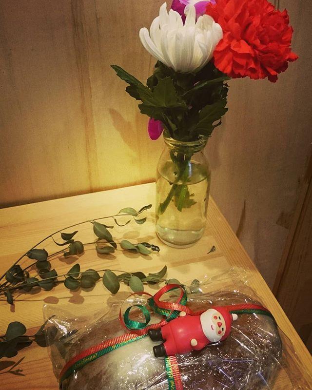 X'masも#ヒノリヨガスタジオ#滋賀#草津#ヨガ#レッスンあります#12/31も#シュトレーン#サンタ