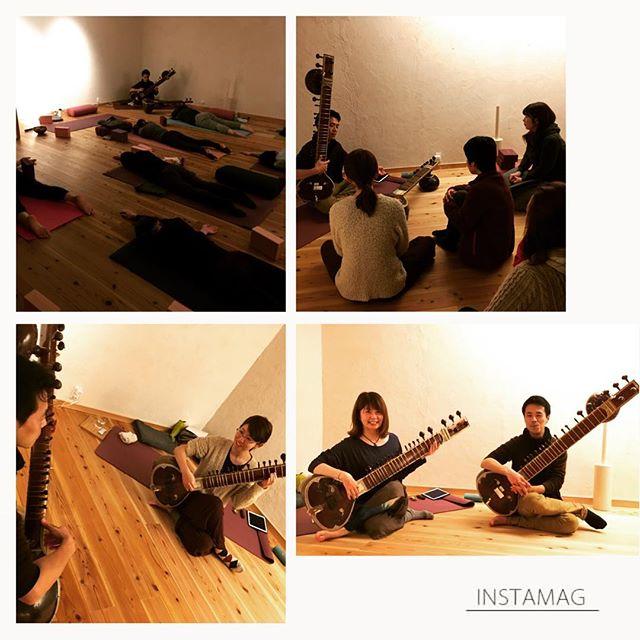 1/13(sat) 冬の陰ヨガ with sitarとーってもステキな時間でしたまた季節ごとにコラボ予定です。今回満席でご参加いただけなかった皆さんも、次回をお楽しみに#ヨガ #ヒノリヨガスタジオ #草津 #シタール #陰ヨガ #sitar #民族楽器 #足逆になってる